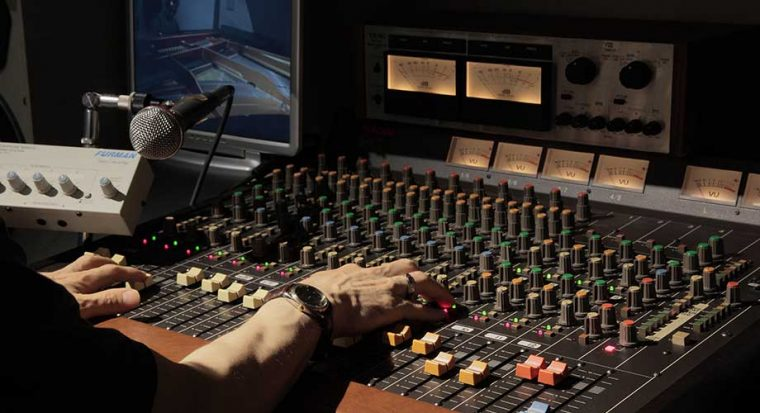Synchronisation son et image sur Adobe Premiere Pro
