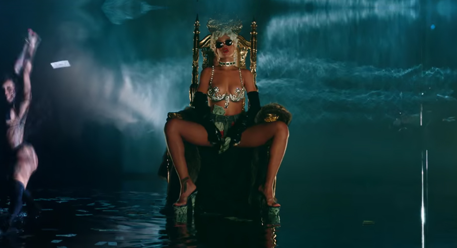 """Illustration de l'article """"Réalisation de clip de Rihanna : Pour it up"""""""